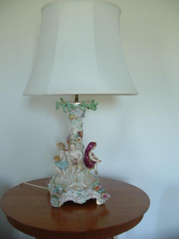1002: Meissen Figural lamp