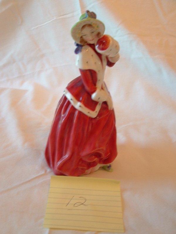 1012: Royal Daulton figurine (Christmas Morn)