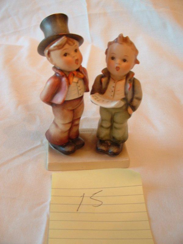 1015: Hummel Figurine (Choir boys)