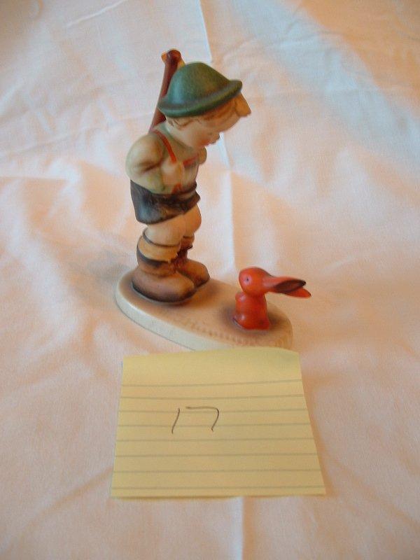 1017: Hummel Figurine (Rabbit hunter)