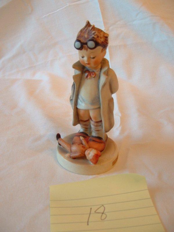 1018: Hummel Figurine (doctor)