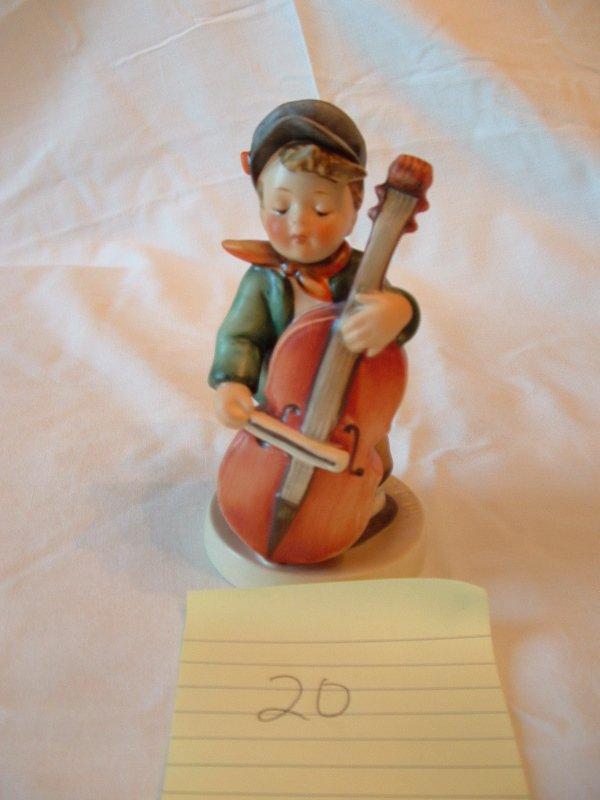 1020: Hummel Figurine (cello player)