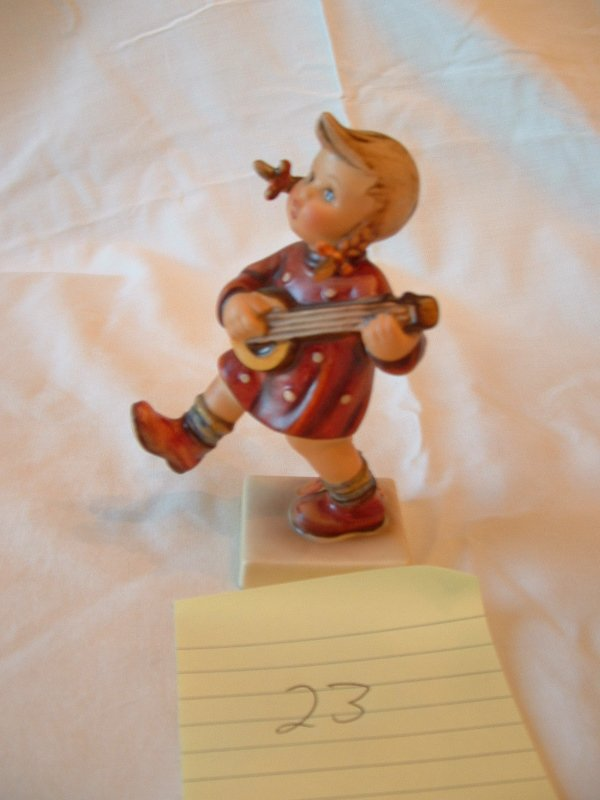 1023: Hummel Figurine (girl with guitar)