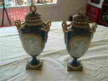 1081: Pair of Meisen Urns (one of the tops are damaged)