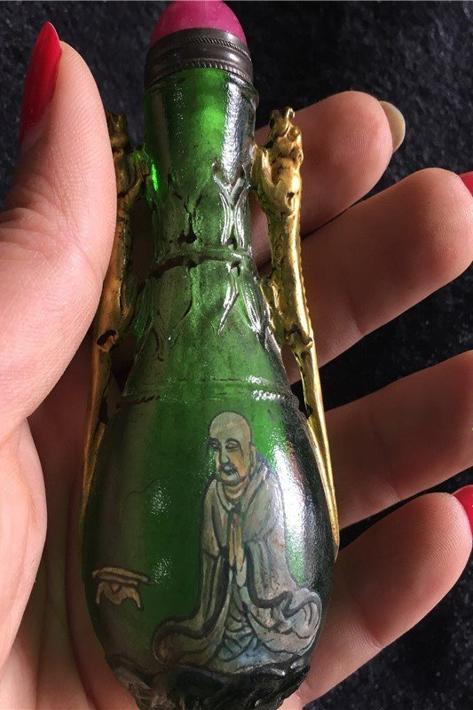 Hand-painted snuff bottle - 2
