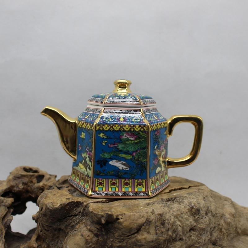 Golden Flower and Bird Teapot - the Year of Qianlong of