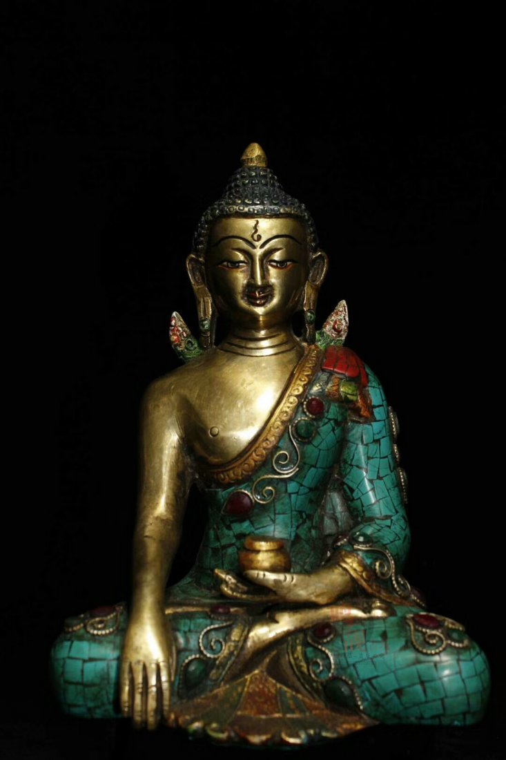 Nepal's ancient monastery collects an old pure copper