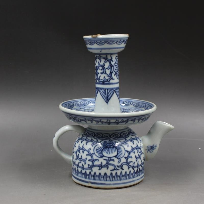 Late Qing Guangxu annual blue and white oil lamp teapot
