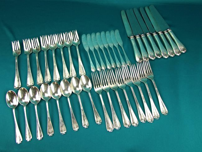TIFFANY & CO Sterling Silver .925 Flatware Set  Flemish