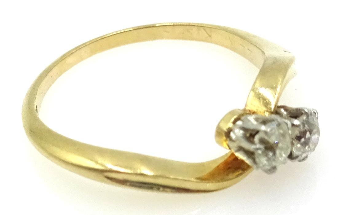 18ct gold diamond cross-over ring stamped 18ct - 2