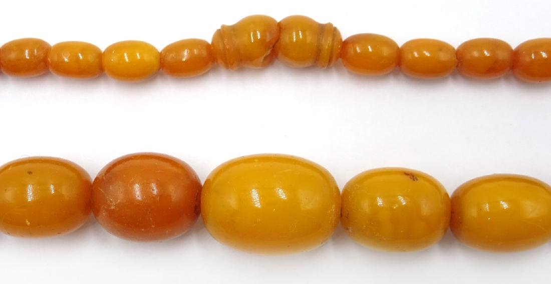 Early 20th century amber graduating bead necklace - 2