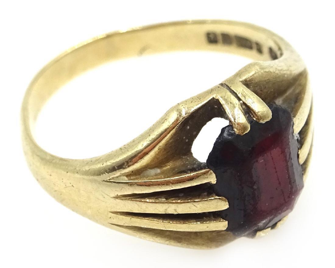 9ct gold garnet set ring hallmarked - 2