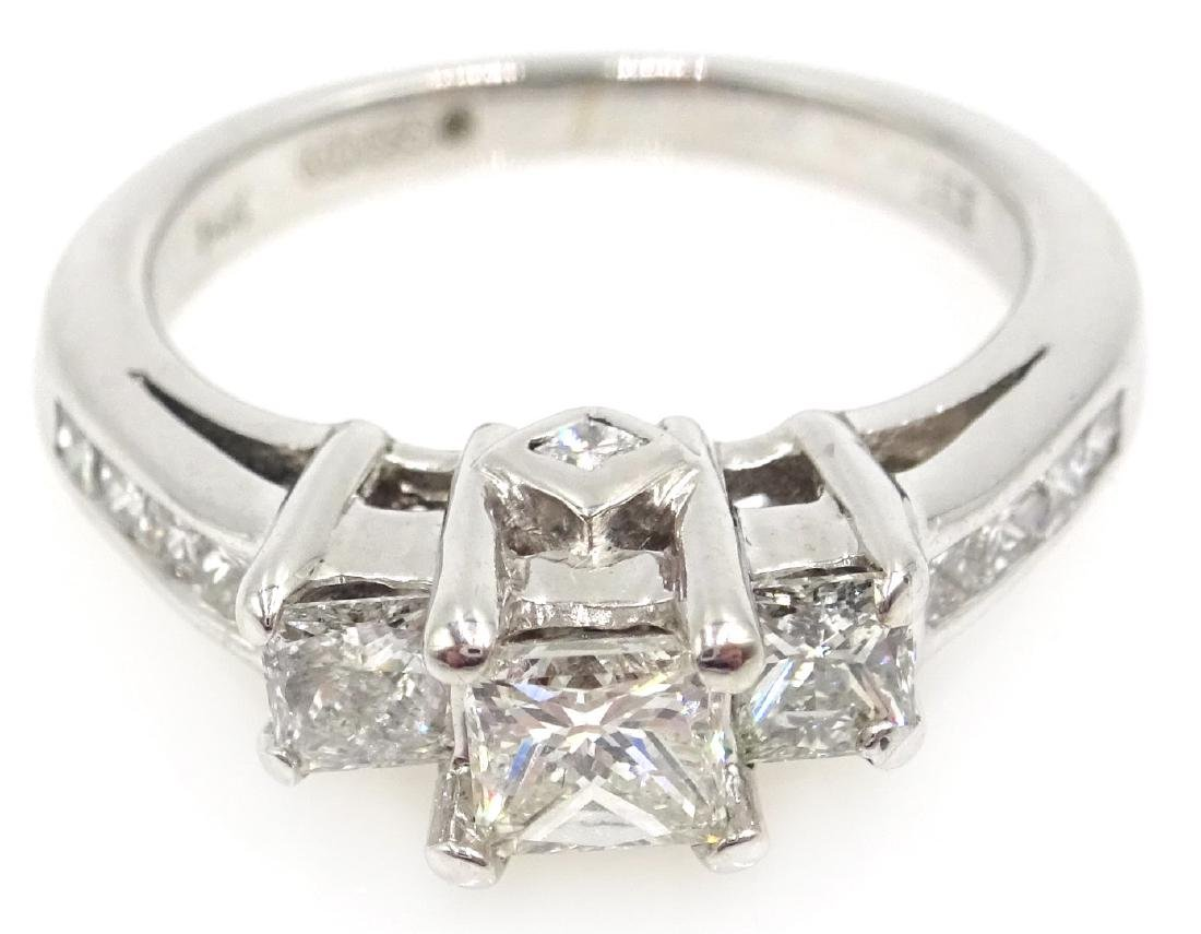14ct white gold princess cut trilogy diamond ring with - 2