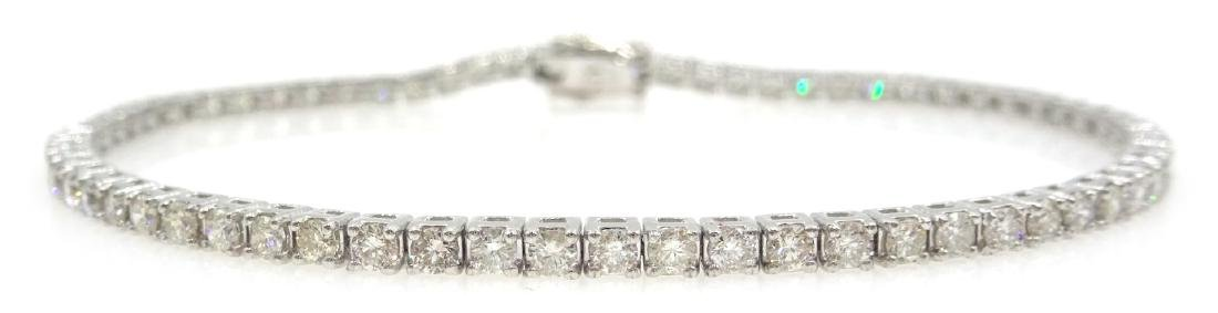 18ct white gold brilliant diamond tennis bracelet,
