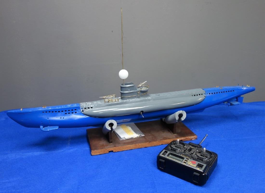 Radio Controlled scale model of a Surface Raider