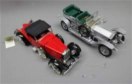 Two Franklin Mint 1:24 scale die cast Precision Models: