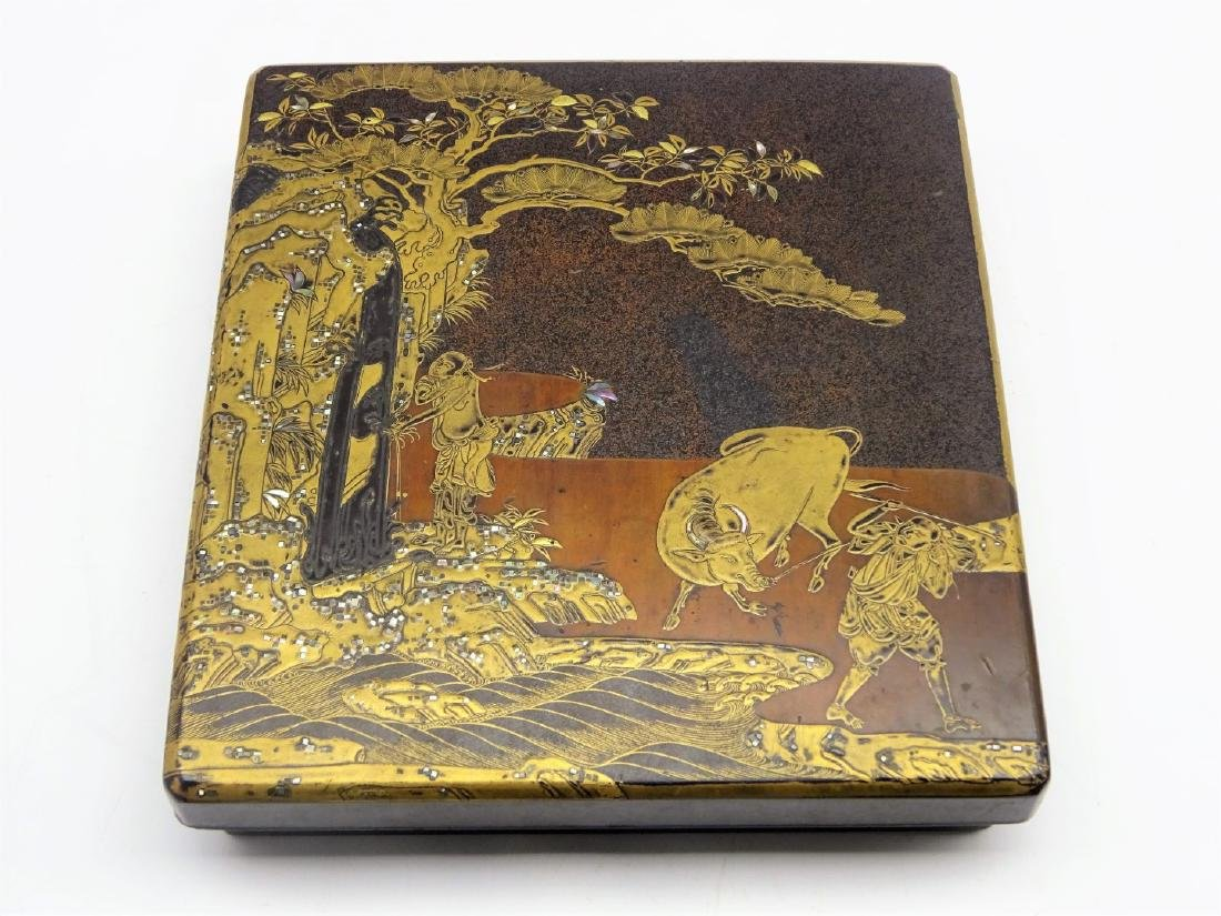 Japanese lacquer writing box, Edo period (18th