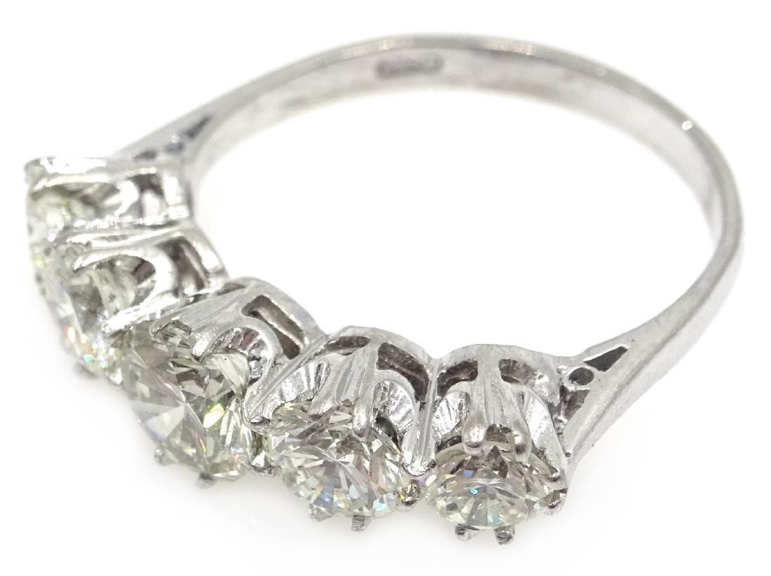 Graduating five stone diamond white gold ring, - 2