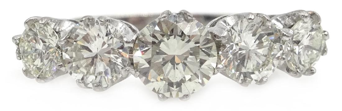 Graduating five stone diamond white gold ring, - 6