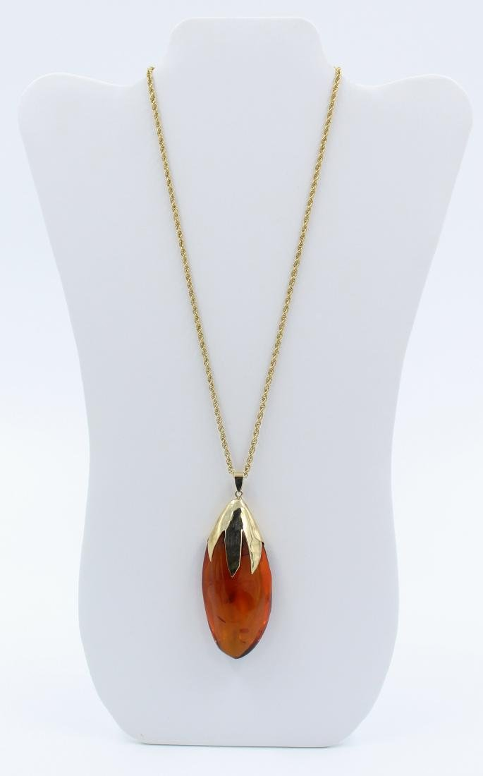 14k Gold Chinese Amber Necklace