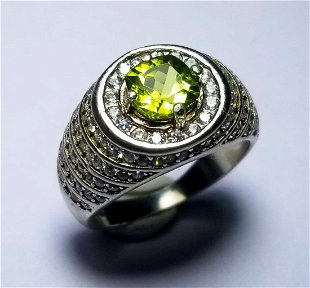 d552e866f Natural Peridot Sterling Silver Ladies Ring Natural Peridot Sterling Silver Ladies  Ring
