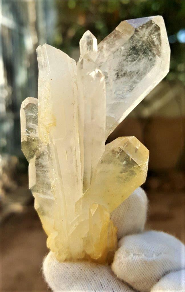 36 Grams Undamaged Fedan Quartz Crystal