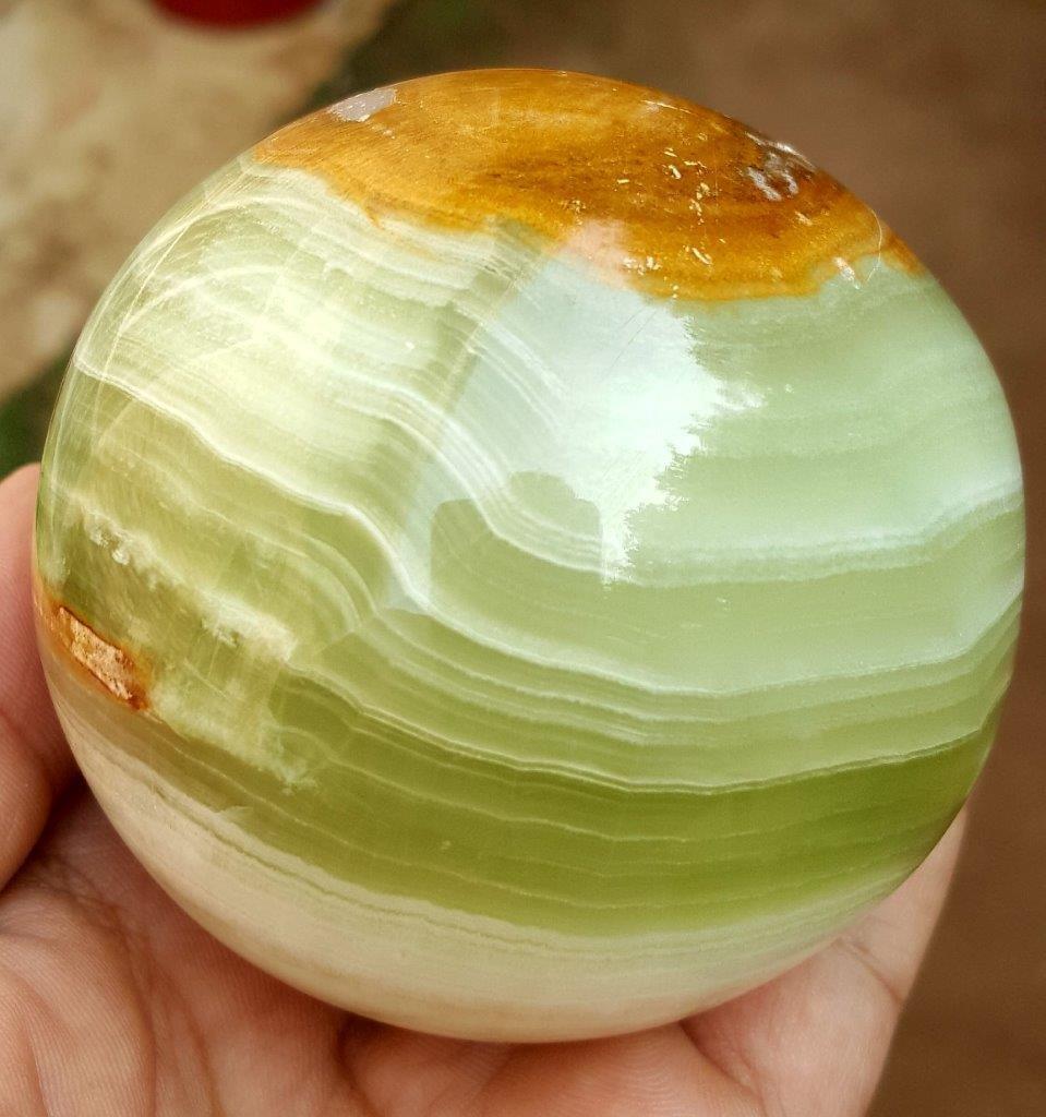 580 Grams Beautiful Onix Sphere