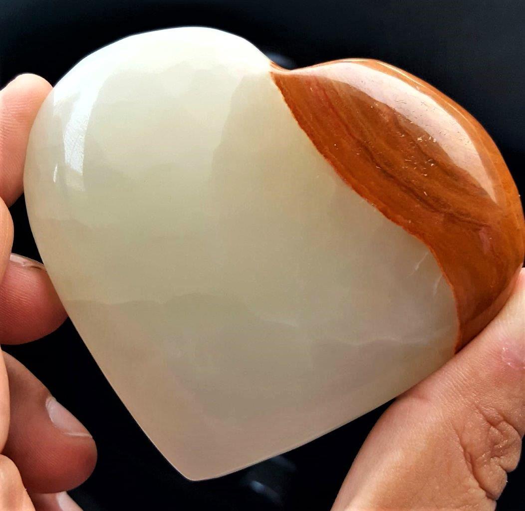 179.5 Grams Amazing Healing Onix Heart