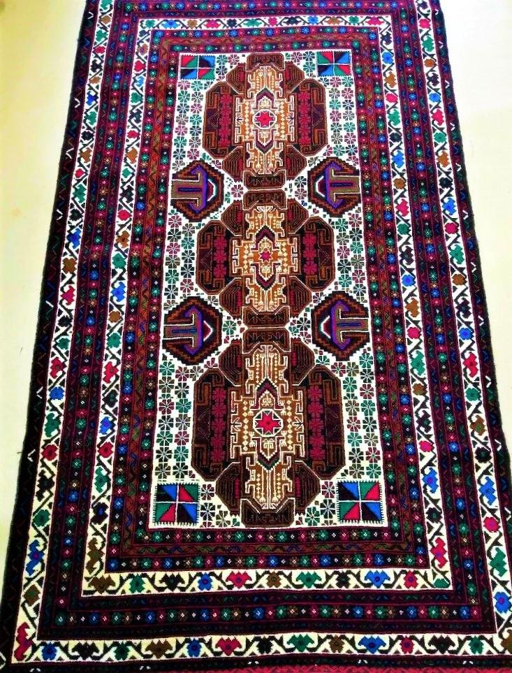 Hand Knotted Auburn Floral Woolen Rug