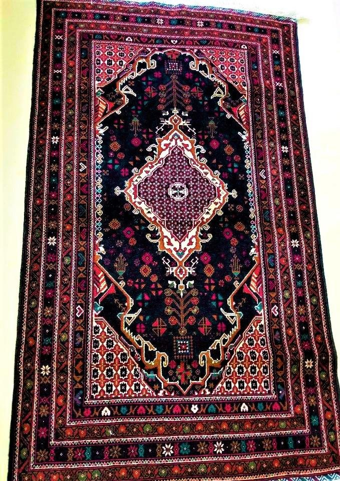 Hand Knotted Caucasian Wool Traditional Rug
