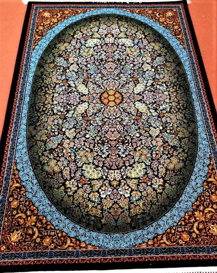 Traditional Khalid Rug