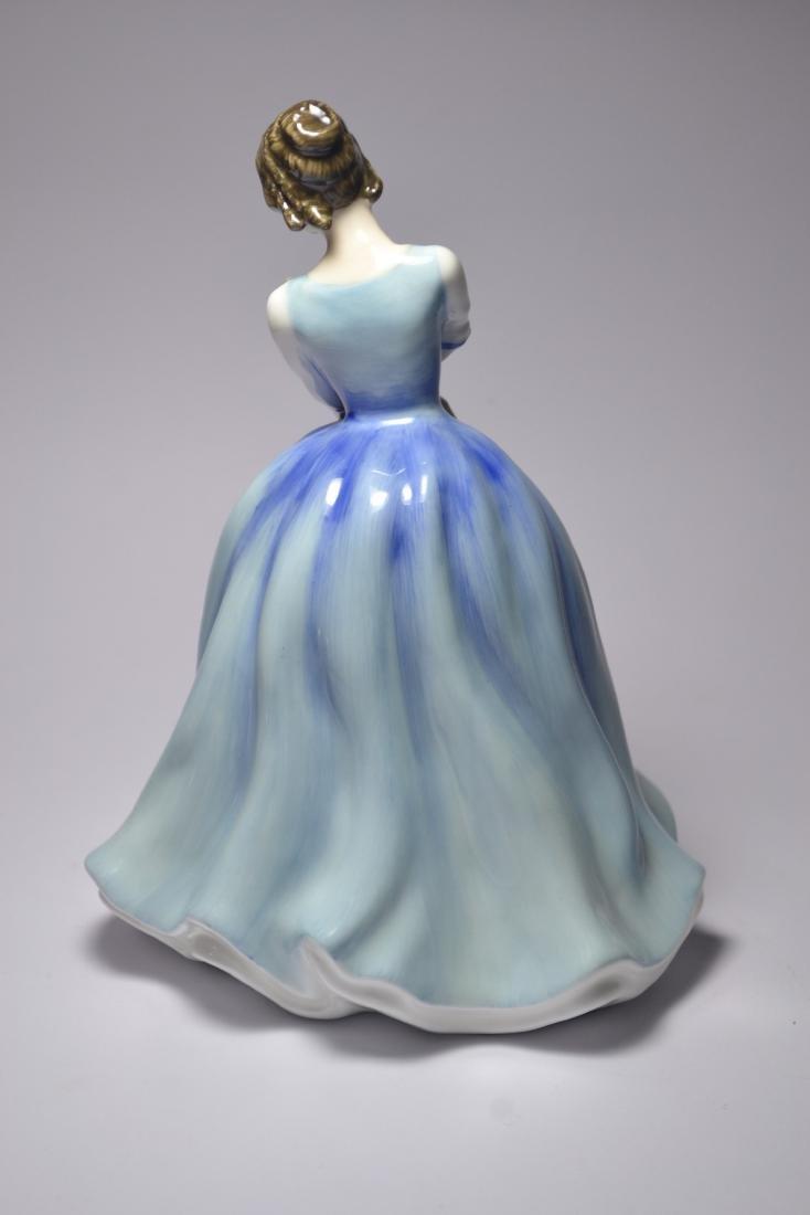 Royal Doulton 'Lorraine' HN3118 1981 figurine - 3
