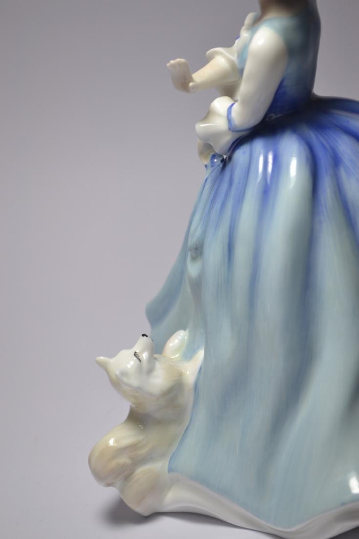 Royal Doulton 'Lorraine' HN3118 1981 figurine - 4