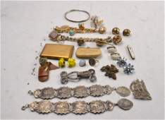 A collection of vintage c1930-60 costume jewellery to