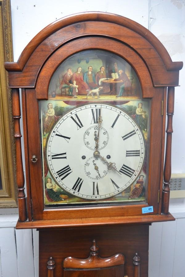Grandfather clock in mahogany case been well looked