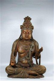 A CHINESE VINTAGE SOLID WOOD KUANYIN BUDDHA STATUE