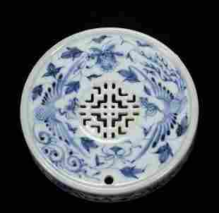 A YUAN STYLE BLUE-AND-WHITE GLAZED PORCELAIN BRUSH