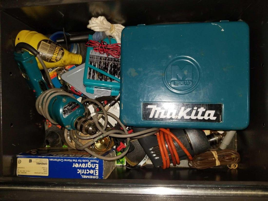 Two large tool boxes full of quality contents - 5