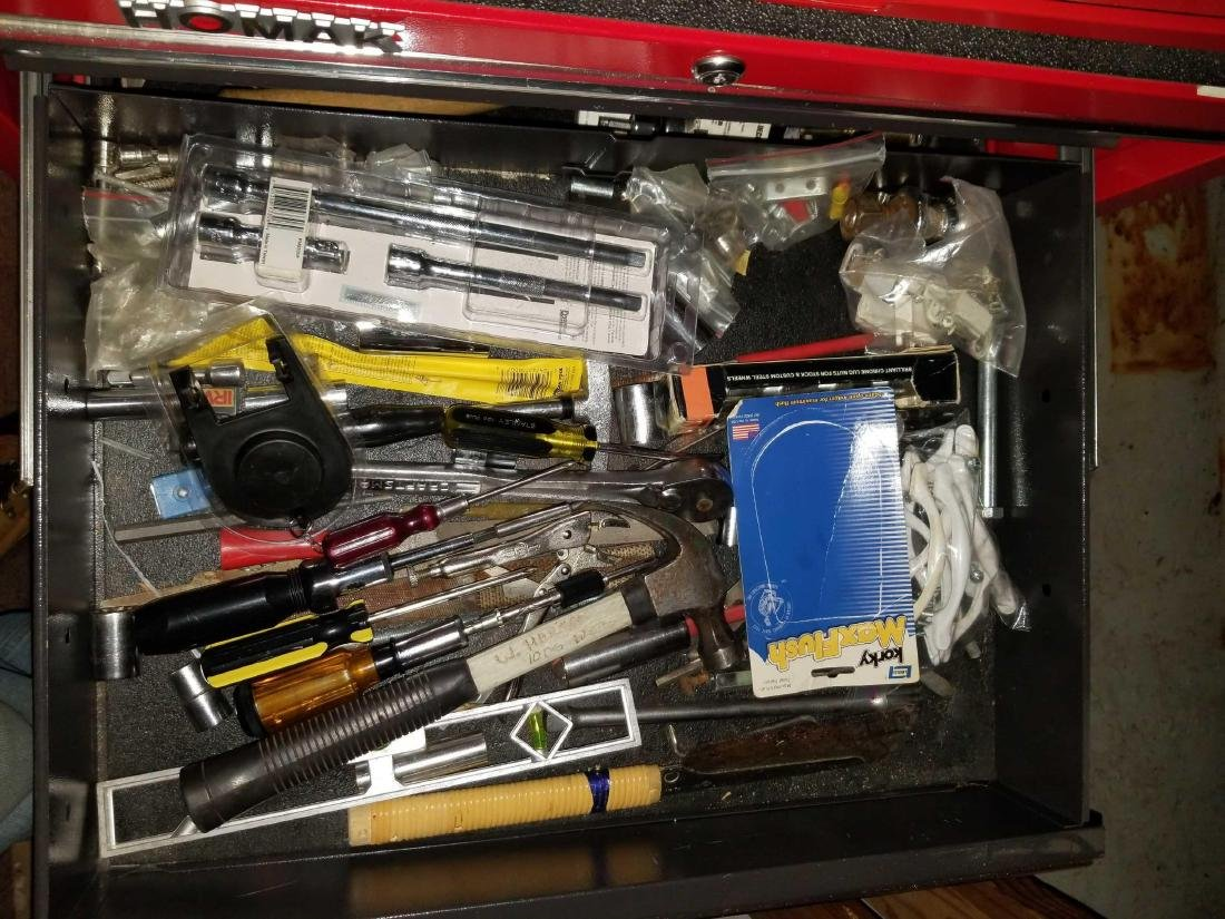 Two large tool boxes full of quality contents - 7
