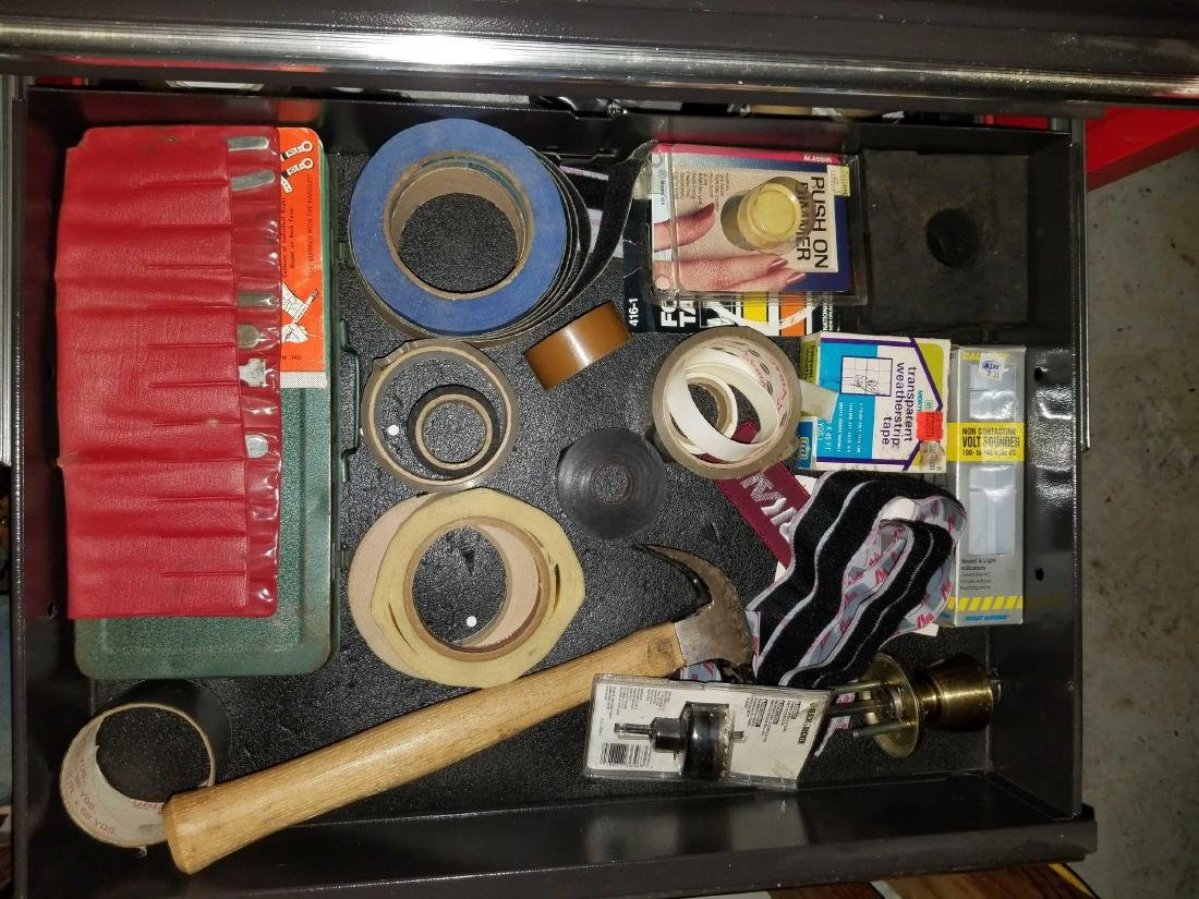 Two large tool boxes full of quality contents - 8