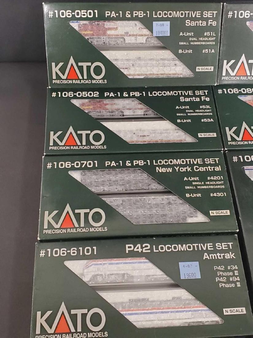 Large lot of Kato Railroad train set models - 2