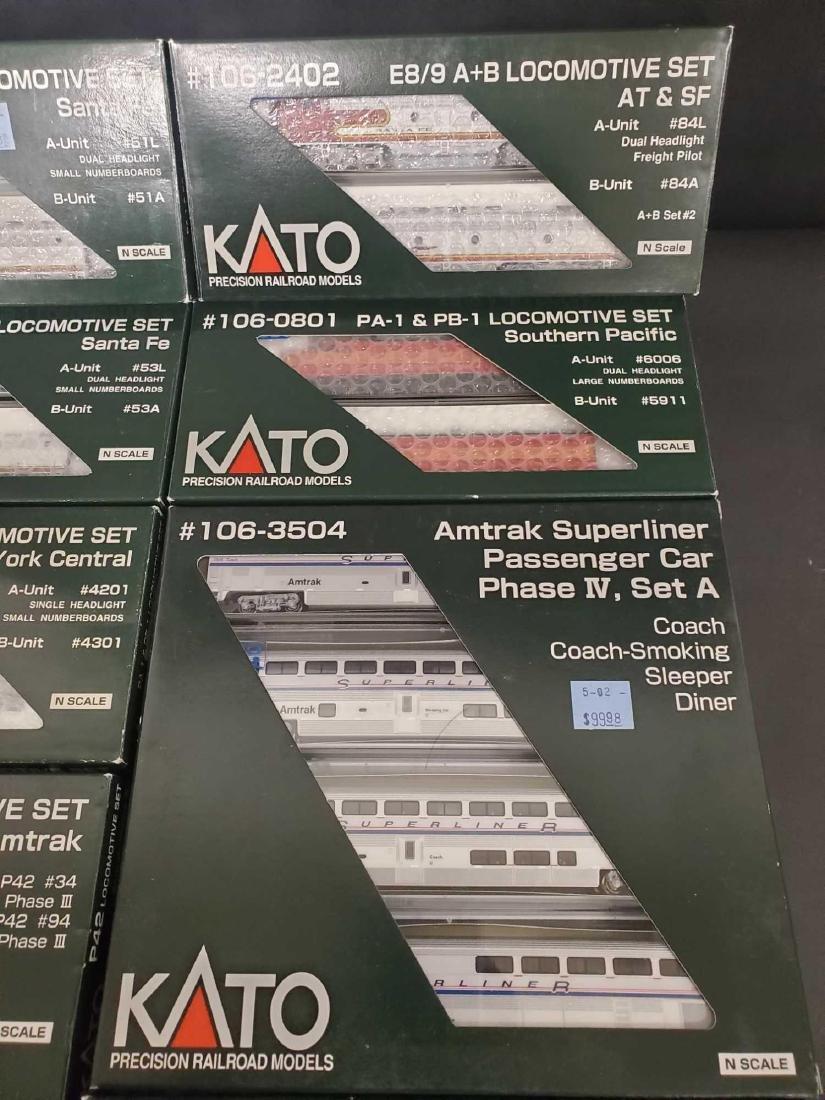 Large lot of Kato Railroad train set models - 3