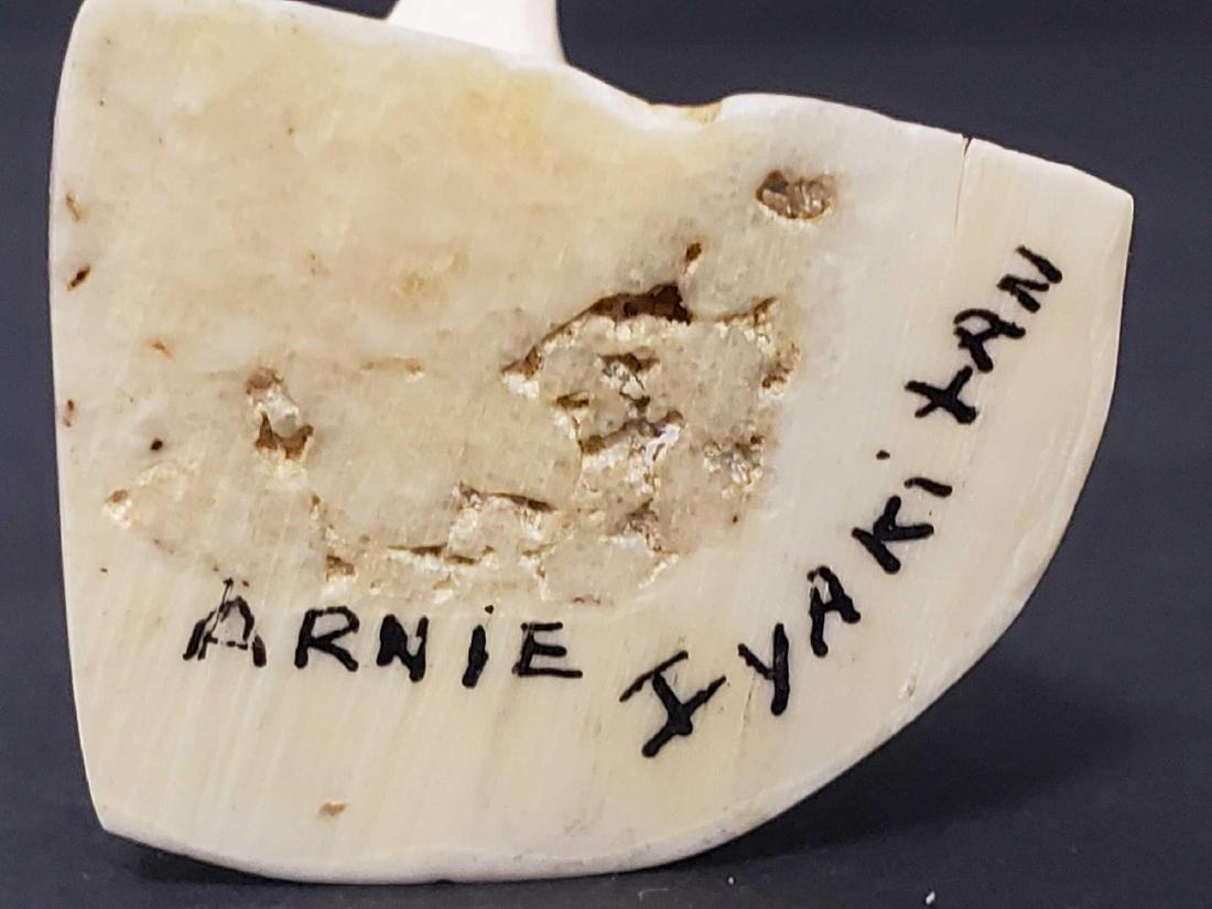 Eskimo Cormorant carving by Arnie Iyakitan - 5