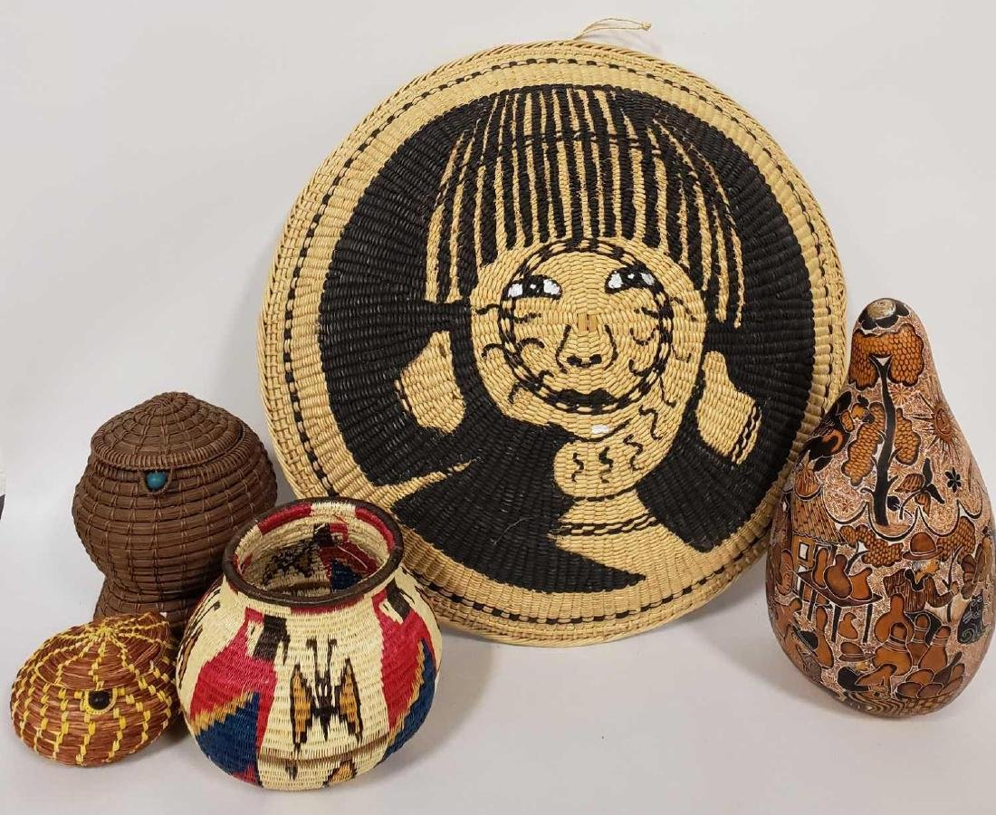 Lot of South American woven baskets, etc.