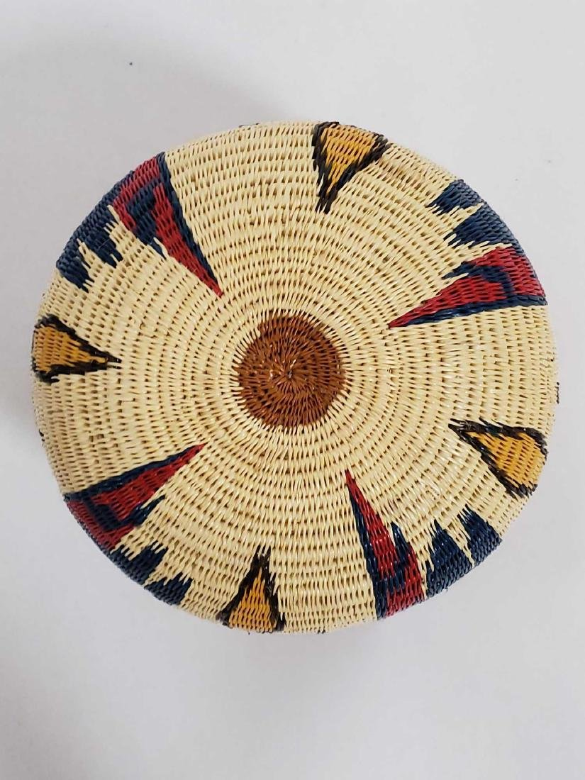 Lot of South American woven baskets, etc. - 6