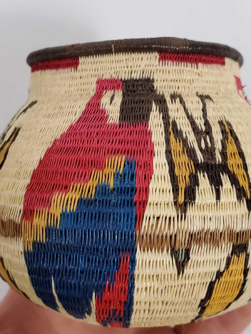 Lot of South American woven baskets, etc. - 7