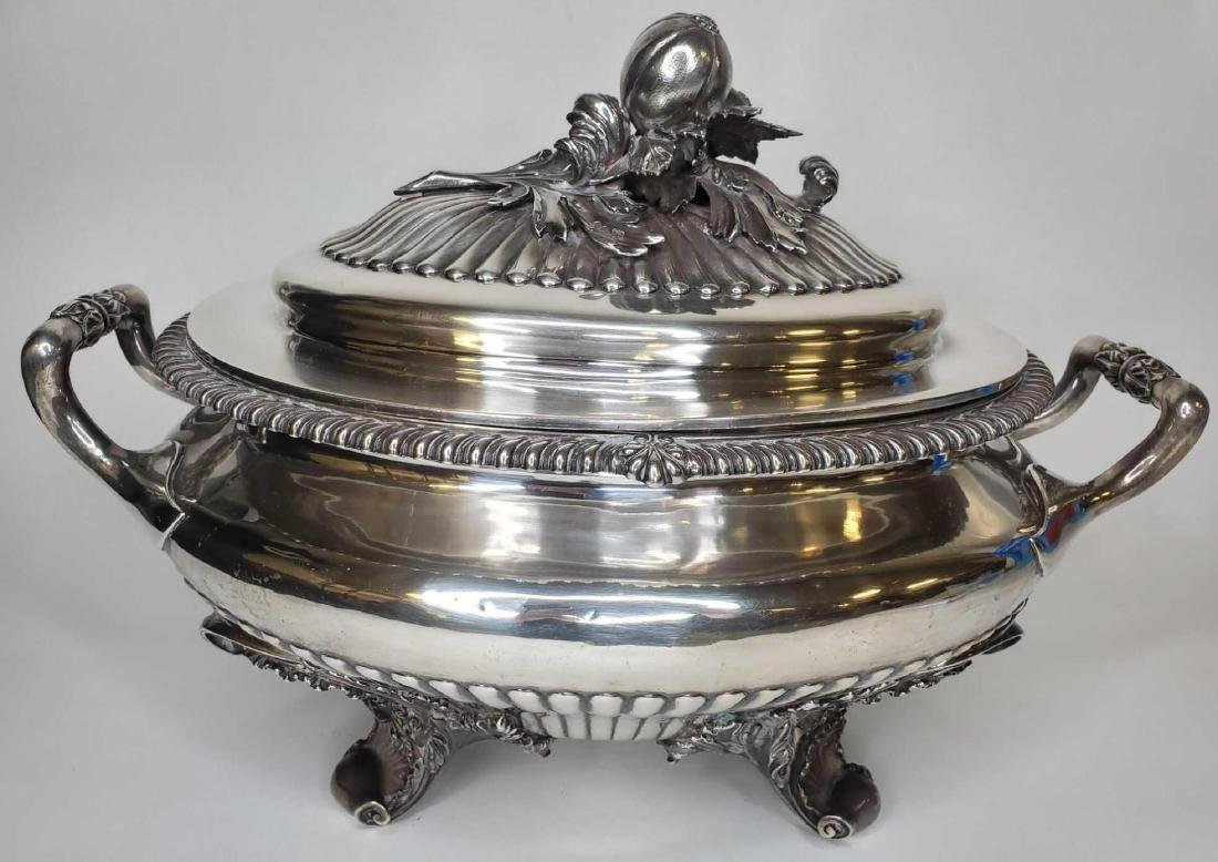 Monumental George IV sterling silver soup tureen c.1824 - 5