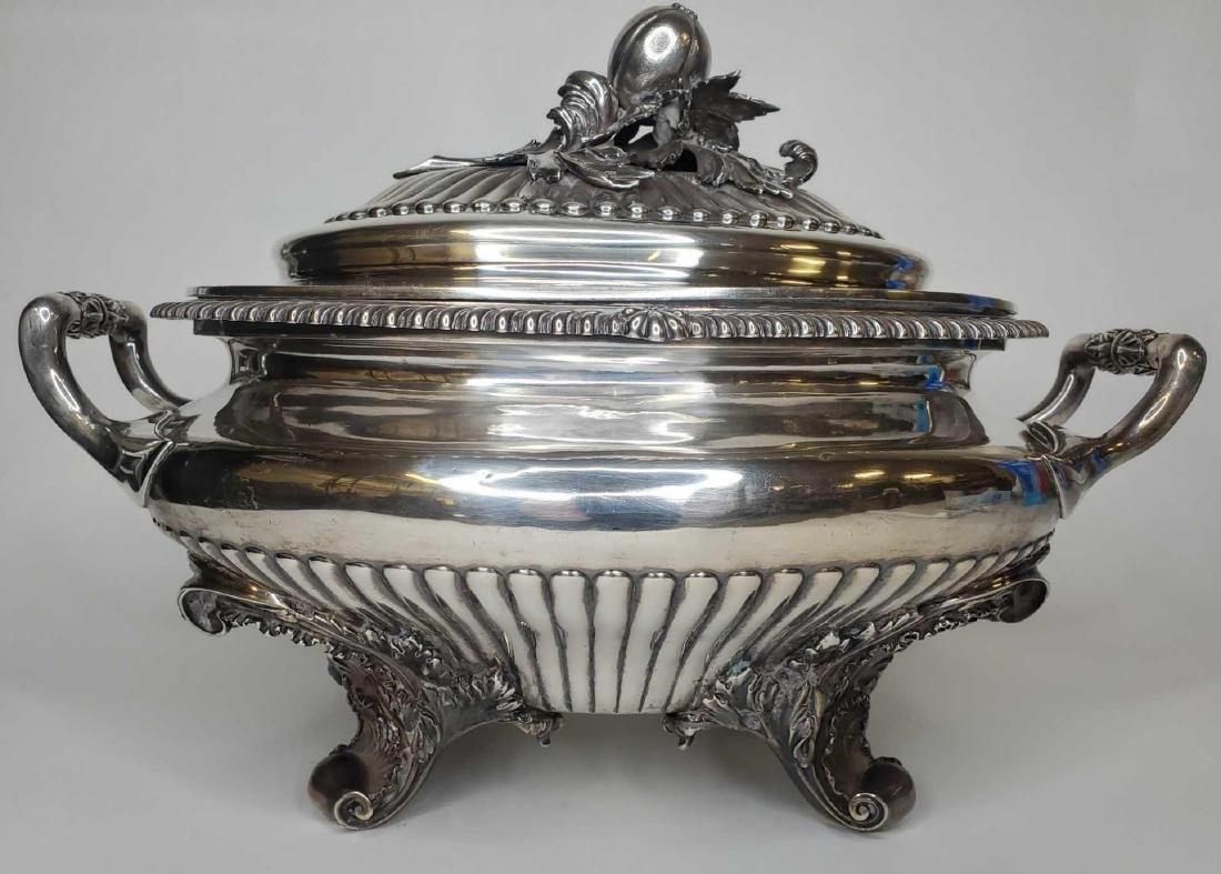 Monumental George IV sterling silver soup tureen c.1824 - 6