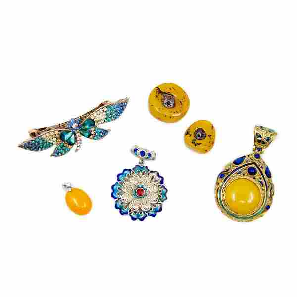 6 Asian Costume Jewelry Pendant Charms and Hairclip