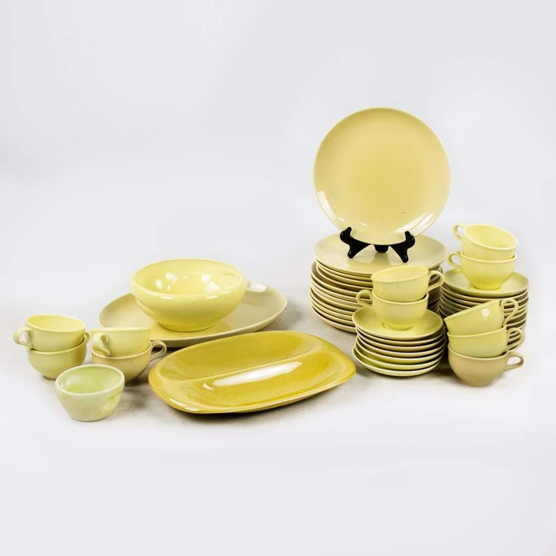 Russel Wright Iroquois Lemon Yellow Set of 47